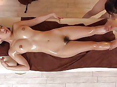Squirting video sesso - ragazze asiatiche nude